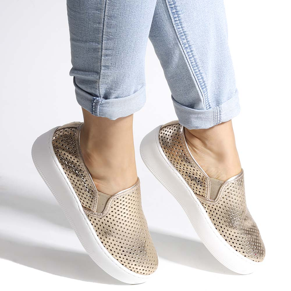 Tenis Confortavel Couro Slip On Magic Dourado
